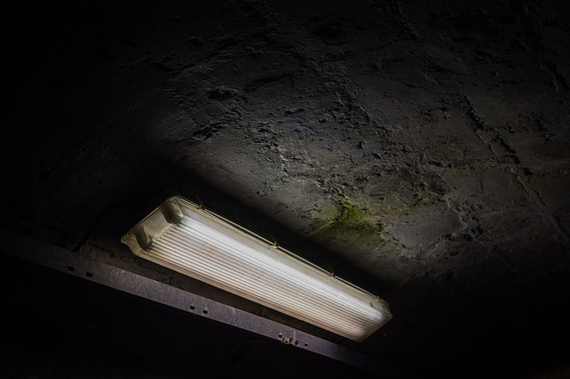 beton světlo